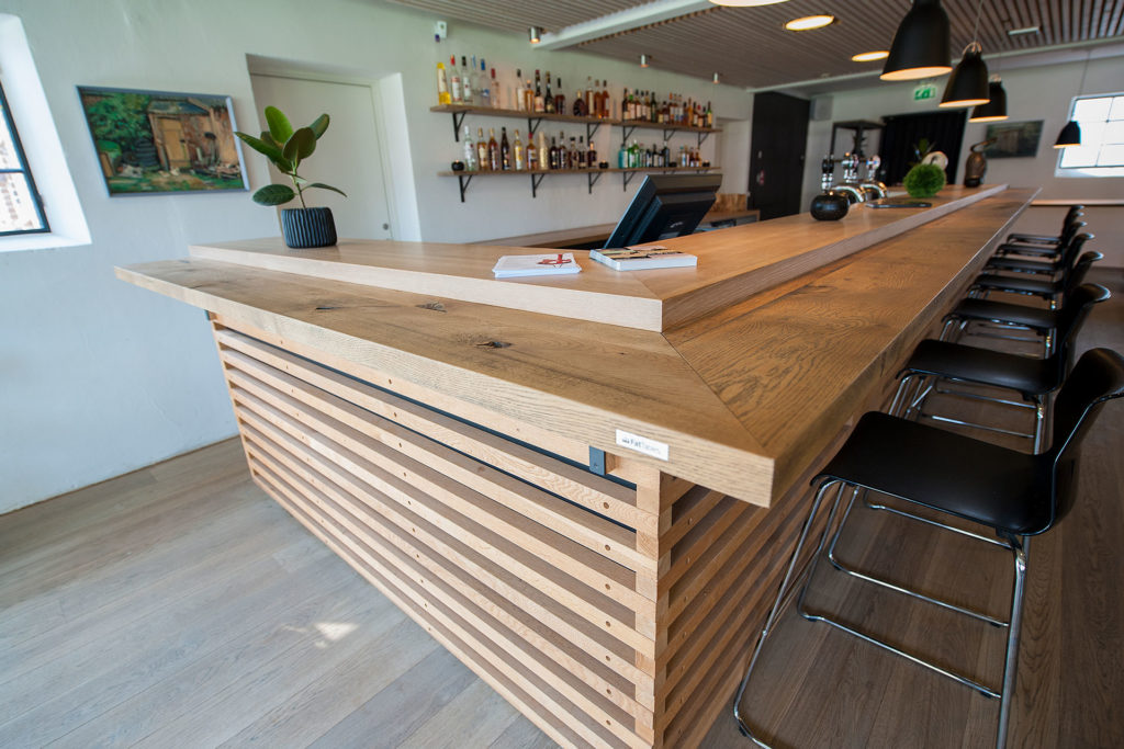 Bardisk i restauranten på Nørre Vosborg